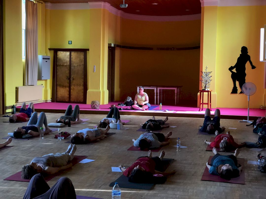 Afbeelding van Essentiële Yoga Beginners Tienen